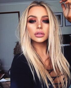 Best Hair & Makeup Trends for 2017 A password will be e-mailed to you. Best Hair & Makeup Trends for Best Hair & Makeup Trends for editors and experts Love Makeup, Makeup Inspo, Makeup Inspiration, Makeup Ideas, Small Eyes Makeup, Sleek Makeup, Full Face Makeup, Perfect Makeup, Makeup Goals