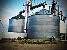 Sioux Steel bins, old & new