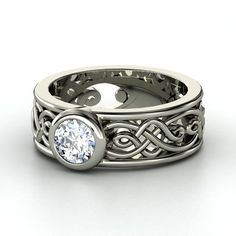 Round Diamond 14K White Gold Ring......love the wide celtic styled band!