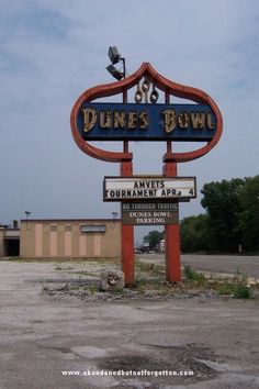 This place is sadly already demolished . Old Abandoned Buildings, Abandoned Mansions, Abandoned Places, Gary Indiana, Indiana Dunes, Abandoned Amusement Parks, Old Signs, Lake Michigan, Ghost Towns