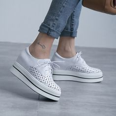 #chiko #chikoshoes #shoes #fashion #fashionable #style #lookbook #fall #winter #autumn #new #best #streetstyle #chic #trend #streetfashion #flatforms #oxfords #eyelets #platforms #white #grungy #2018 #edgy #spring #summer #cool #wedge