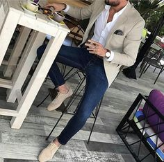 Smart Casual http://www.99wtf.net/men/mens-fasion/ideas-choosing-mens-outfit-colors-mens-fashion-2016/