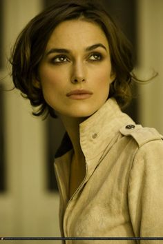 Keira in Chanel Coco Mademoiselle ad campaign, 2011.