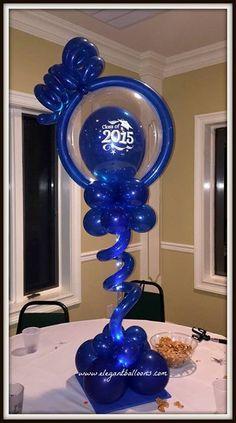 Graduate Animal Balloons, Balloon Animals, Graduation Balloons, Graduation Ideas, Balloon Centerpieces, Balloon Decorations, Kids Football Parties, Info Board, Balloon Ideas