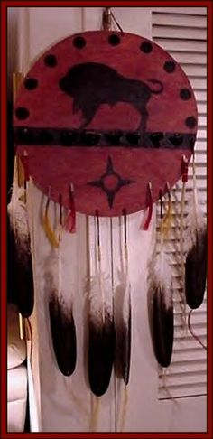 Blackfoot indian warrior symbol click on image for full for What crafts did the blackfoot tribe make