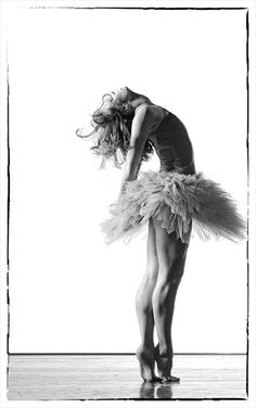 To dance is to dream. (Photographer Ed Flores)