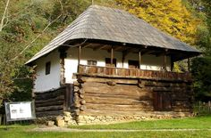 """Traditional houses in rural Romania (case traditionale romanesti) *** Upon arriving in her new home country in the young wife of Prince Carl of Romania noticed in her writings: """"Every R… Wood Architecture, Vernacular Architecture, Romania People, Rural House, Cabin In The Woods, Unusual Homes, Rustic Modern, Traditional House, Sweet Home"""