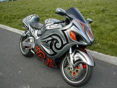 Hyabusa GSX1300R Custom Sport Bikes, Suzuki Hayabusa, Yamaha Motorcycles, Hot Bikes, Dream Garage, Lifted Trucks, Vroom Vroom, Rockets, Motorcycle Parts
