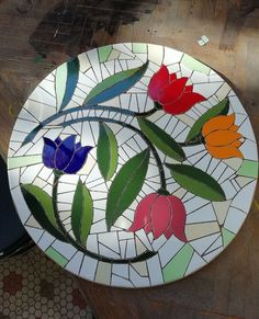 Cuadros Stained Glass Designs, Stained Glass Projects, Mosaic Designs, Stained Glass Patterns, Mosaic Patterns, Mosaic Birdbath, Mosaic Tray, Mosaic Tile Art, Mosaic Glass
