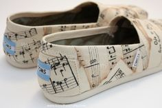 Adult+Custom+Painted+TOMS+Shoes++Musical+Notes+with+by+ibleedheART,+$110.00