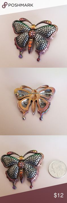VINTAGE psychedelic butterfly brooch/pin Beautiful butterfly with pink/purple/gold/bronze pin shows different colors when the light hits it. Accessories