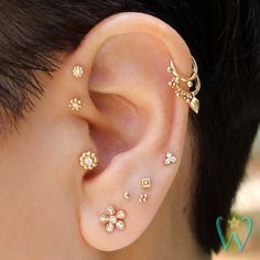 Pave Diamond Flower Earrings Stud Earrings Cartilage | Etsy Big Earrings, Cartilage Earrings, Circle Earrings, Crystal Earrings, Beaded Earrings, Diamond Earrings, Cartilage Stud, Flower Earrings, Double Cartilage