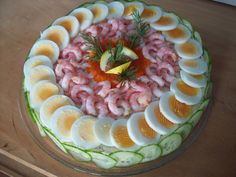 Wine Recipes, Egg Recipes, Food Plating Techniques, Canapes Recipes, Meat Platter, Crudite, Healthy Breakfast Options, Vegetable Carving, Danish Food