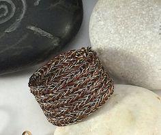 dual wire double wire crochet bicolor CUFF by smdesignatelier