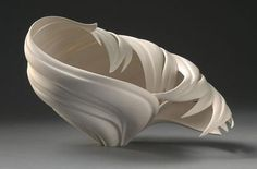 Fabulous decorative vases by Jennifer McCurdy look like spectacular sculptures Sculptures Céramiques, Sculpture Art, Sculpture Ideas, Ceramic Sculptures, Ceramic Clay, Porcelain Ceramics, Pottery Vase, Ceramic Pottery, Jennifer Mccurdy