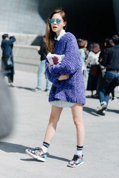 Street style: Jin Jung Sun shot by Alex Finch at Seoul Fashion Week Fall 2015
