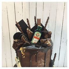 65 Likes, 2 Comments - Floss Cakery Small Cake, Boyfriend Birthday, Celebration Cakes, Videos, Desserts, Photos, Instagram, Food, Shower Cakes