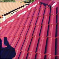 Good Roofing Tips Straight From The Professionals Corrugated Tin, Fibreglass Roof, Cool Roof, Diy Home Repair, Roofing Materials, Roof Repair, Photo Link, Metal Roof, How To Run Longer
