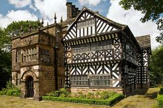 Hall i' th' Wood by Steve Liptrot - Hall i' th' Wood is in Bolton and is a fabulous Tudor building with great details inside and out. Architecture Old, Historical Architecture, Beautiful Architecture, Amazing Buildings, Old Buildings, Great Places, Beautiful Places, Monuments, Medieval Houses