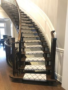 Torontonian Flooring is specialized in quick & low cost carpet & stair runners installation in Toronto, Mississauga & Oakville. Stair Runner Installation, Carpet Installation, Stair Runners, Carpet Stairs, Flooring, Home Decor, Decoration Home, Room Decor, Staircase Runner