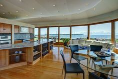 This waterfront stunner in Victoria, British Columbia, is on the market: http://archdg.st/1E53qJc