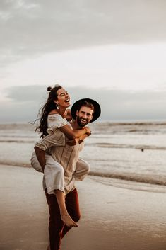 Feb 2020 - Intimate Couple Shooting at the Beachside by Sarah Everything › Beloved Stories Photos Couple Plage, Couple Beach Pictures, Maternity Pictures, Couple Pics, Beach Love Couple, Prom Pictures, Family Pictures, Photo Couple, Couple Shoot