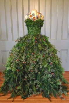 Dress Form Christmas Tree Skirt