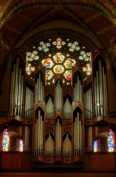 Organ Pipes.   The rose window and organ pipes at Christ Church Cathedral in Victoria, BC.