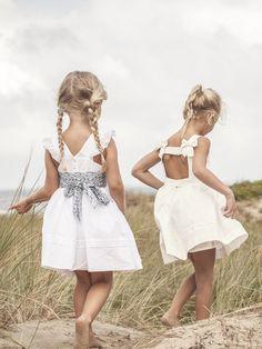 Best 10 flower girl dresses
