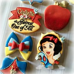 Snow White cookie