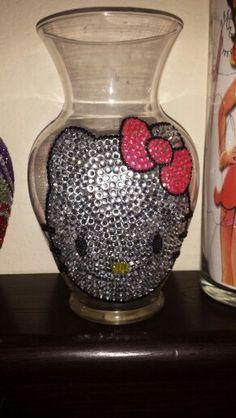 Hello Kitty rhinestone vase
