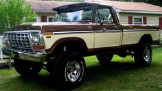 A Brief History Of Ford Trucks – Best Worst Car Insurance 1979 Ford Truck, Old Pickup Trucks, Lifted Ford Trucks, New Trucks, Cool Trucks, Ford 4x4, Ford Bronco, Custom Trucks, Classic Car Insurance
