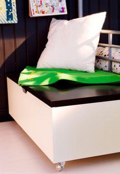 Onderschuifbed #Ikea voor de #kinderkamer   Handy #trundle for the #kidsroom