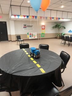 Planes, trains, and automobiles party. One of the tables, we used the birthday boys toys as centerpieces. 1st Birthday Boy Themes, Birthday Fun, Birthday Ideas, Car Themed Parties, Cars Birthday Parties, Transportation Birthday, Hot Wheels Birthday, Disney Cars Party, Construction Birthday