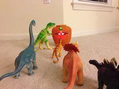 Dinovember 2014 Day 4: Playing Treasure of the Snake