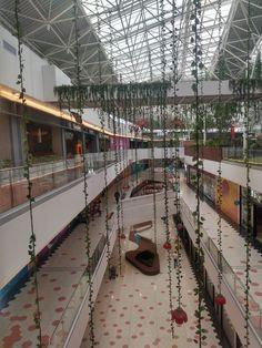 Decoración Navideña del Centro comercial El Edén en Bogotá Hockey, Shopping Mall, Colombia, Field Hockey
