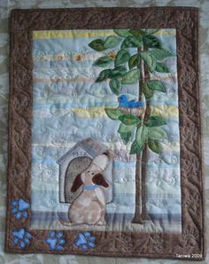 I finished the little dog quilt I was making for my friend, Mrs. K, and delivered it to her yesterday. (She wasn't home but I hung it on her...