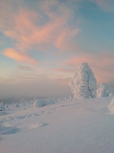 Magical colors in Levi, Lapland Photo by @Vipula1