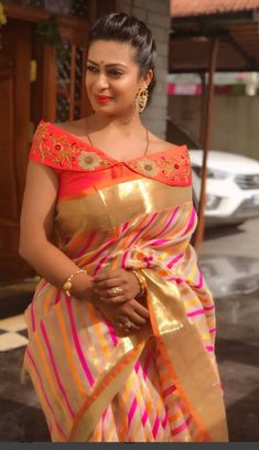 blouses New Blouse Designs, Pattu Saree Blouse Designs, Saree Draping Styles, Trendy Sarees, Sexy Blouse, Blouse Patterns, Indian Designer Wear, Blouse Styles, Designer Dresses