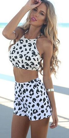 baee514f15b9 Sexy Backless Crop Tops + Shorts Floral Print Two-piece Set Tops Online  Shopping