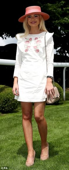Georgia 'Toff' Toffolo Epsom Derby Furlong Fashion Racing Style Fashion At The Races Country Fashion, Style Fashion, Epsom Derby, Royal Ascot, Ladies Day, Frocks, What To Wear, Georgia, Pin Up
