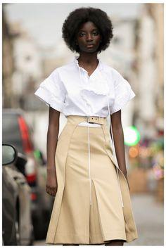 Rochas Resort 2021 Collection - Vogue Fashion Week, Fashion 2020, Fashion Show, Fashion Outfits, Fashion Design, Fashion Trends, High Fashion, Vogue Russia, Vogue India