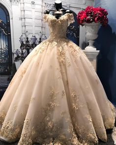 Lace Wedding Dress, Wedding Dress V-neck, Wedding Dress, Ball Gown Wedding Dress, Champagne Wedding Dress Wedding Dresses 2019 Xv Dresses, Quince Dresses, Ball Dresses, Ball Gowns, Prom Dresses, Champagne Quinceanera Dresses, Pretty Quinceanera Dresses, V Neck Wedding Dress, Princess Wedding Dresses