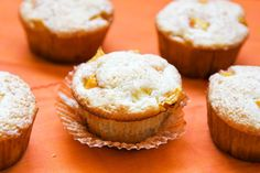 Life Made Simple: Peach Cobbler Muffins