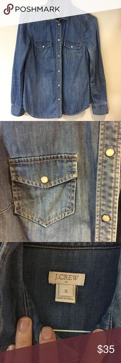 """J Crew Chambray 2 Pocket Western Shirt EUC No signs of wear. 17"""" across chest. 27"""" shoulder to hem. 25"""" sleeve length. J. Crew Tops Button Down Shirts"""