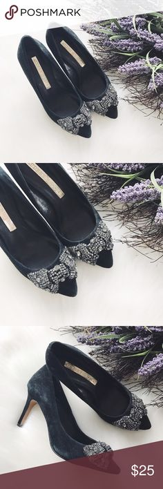 🌻END OF SUMMER SALE🌻Audrey Brooke Bow Heels Audrey Brooke Rhinestone Bow Heels, suede material, brand new, never worn, size 6, has some 'vintage' spots, bought like that. Color is charcoal. Not a J.Crew brand.🌻FIRM PRICE🌻                            🌵n o • t r a d e s🌵                    s m o k e • f r e e • h o m e             s a m e/n e x t • d a y • s h i p p i n g J. Crew Shoes