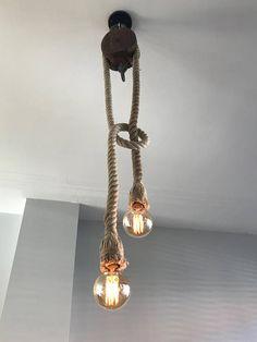 INDUSTRIËLE LAMP Hanglamp gemaakt van een vintage houten