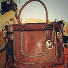 Handbag ❤  #michaelkors #designer #handbags