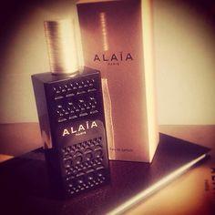 8d5cf7635d9 È arrivata! La prima fragranza di Azzedine Alaïa. In esclusiva   manlioboutique Per spedizioni