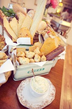 17. Sweet eats or Savory treats, I love comfort food, and individual apple crisp out of a tea cup, but lets not underestimate the importance of the bread table!! #modcloth #wedding